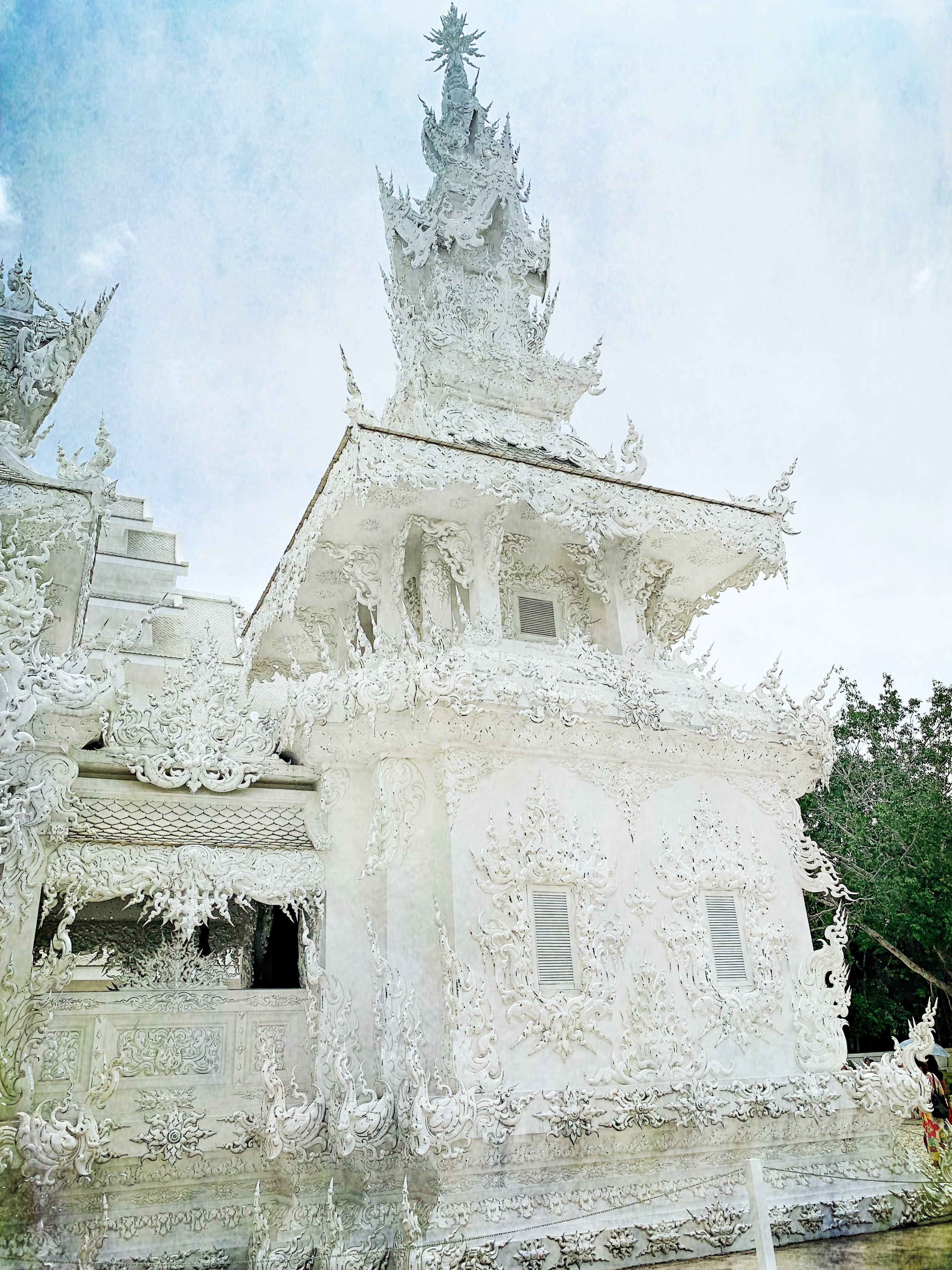 ChiangRaiWhtTmplSgl19